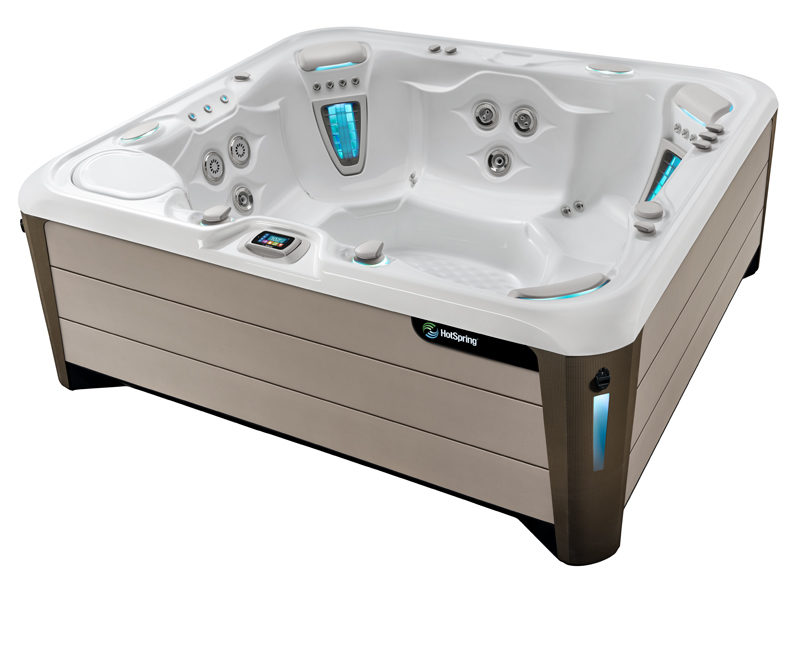 grandee hot tub angled image 2