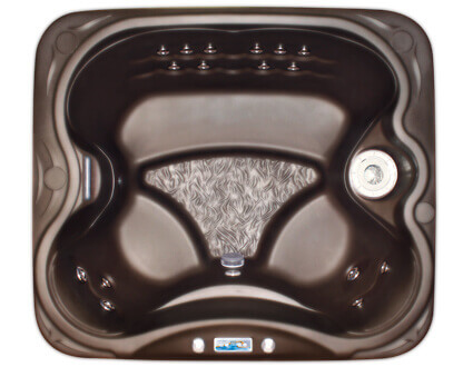 CASCINA Hot Tub