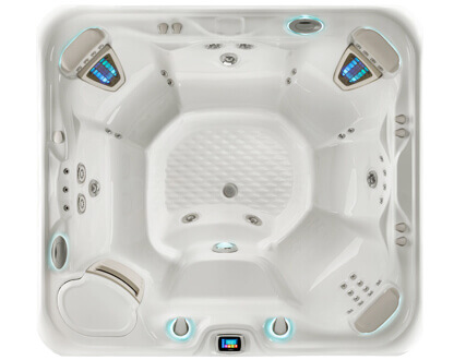 GRANDEE Hot Tub