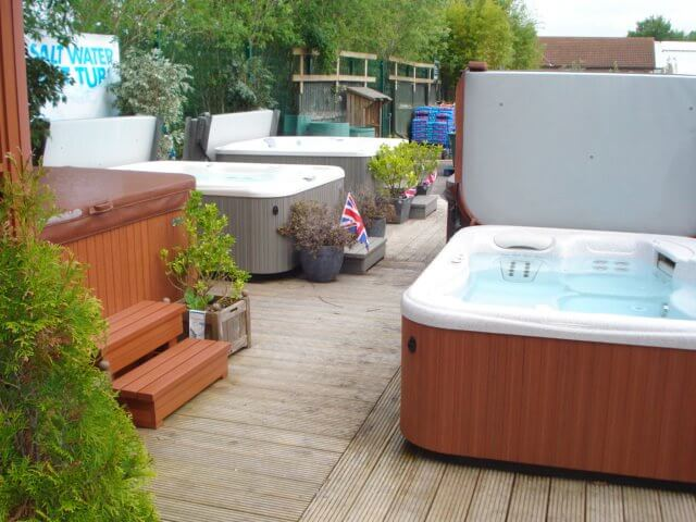 weybridge hot tubs showroom image