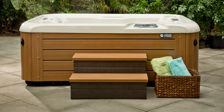 hot-tub-steps-image